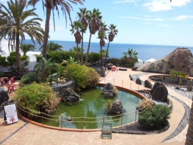 Montana Tropical-just across the road! - 27 Lago Verde, Puerto del Carmen, Lanzarote